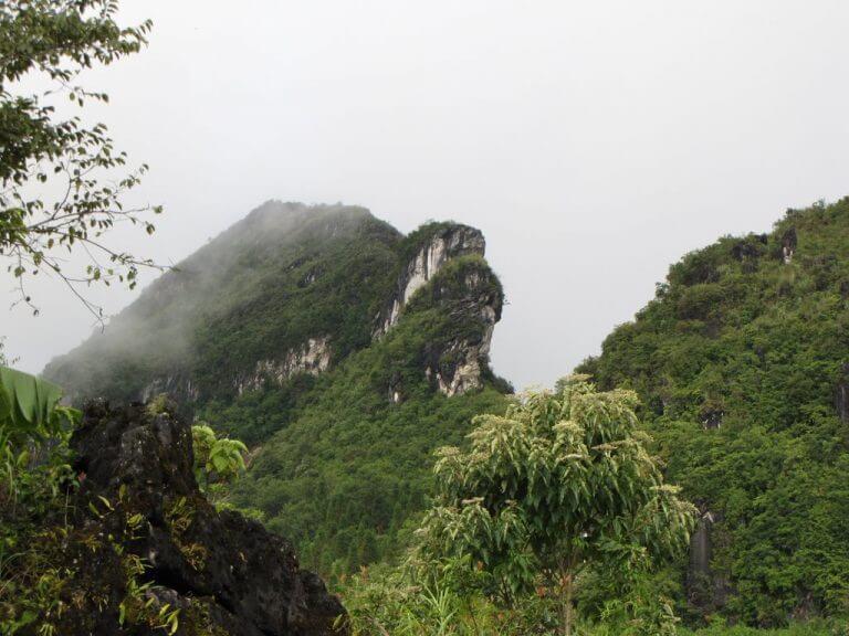 núi hàm rồng