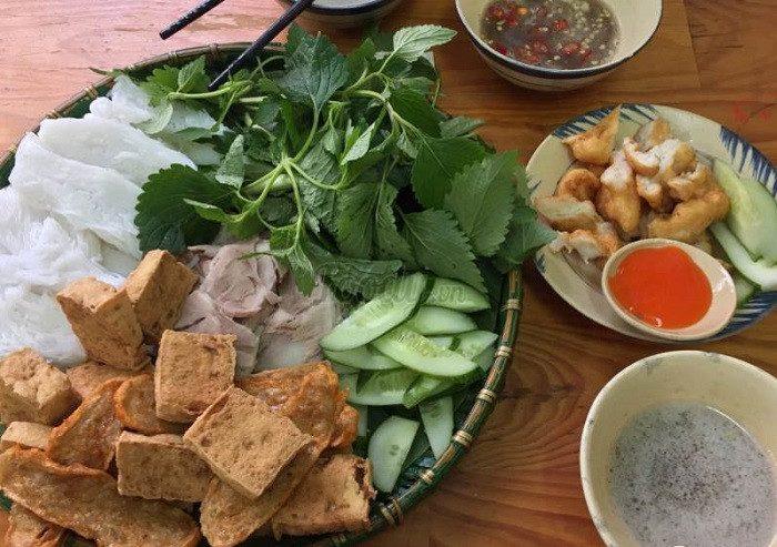 10 quán bún đậu ngon nhất Sài Gòn nên thử một lần trong đời